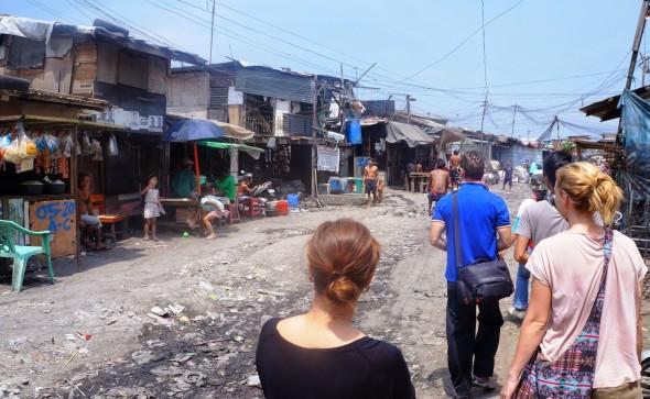 Smokey Mountain Tours Entering the slums