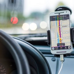 Make Your Car Journeys Better with These Top Driving Apps