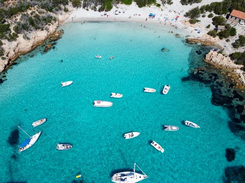 super-yacht-charter-mediterranean-best-beaches