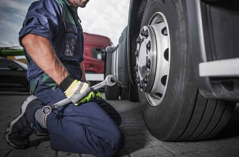 Truck Mechanic Perform Scheduled Maintenance